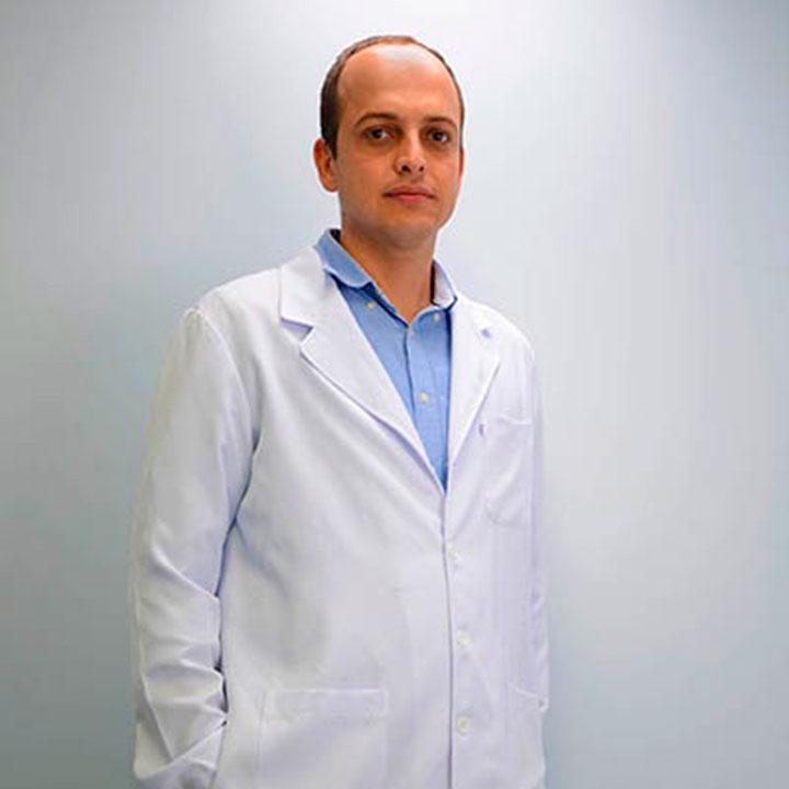 Dr Leonardo